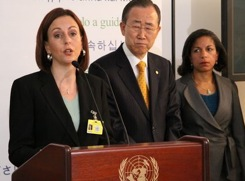 jennifer smith at united nations texting event