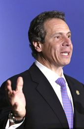 Gov. Andrew Cuomo seeks distracted driving crackdown