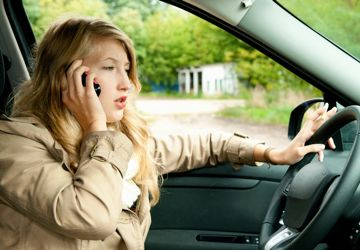 Distracted driving FAQ – Cell phone, texting & driving facts