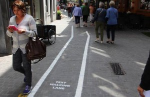 'Text walking' lanes lead nowhere in Antwerp